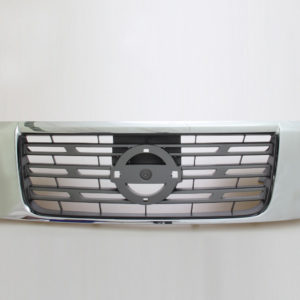 NISSAN NAVARA NP300 YEAR 2014 2015 2016 OEM GENUINE chromed FRONT GRILLE