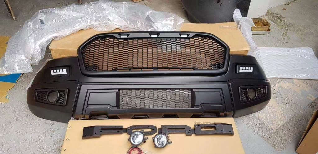 Ford Ranger T7 Raptor Body Kit 4x4 Pickup Accessories China Exporter
